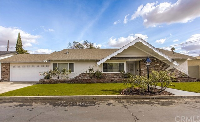 1019 E Walnut Avenue  Orange CA 92867