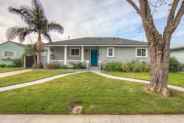 Single Family Home for Sale at 2265 Mcnab Avenue 2265 Mcnab Avenue Long Beach, California 90815 United States