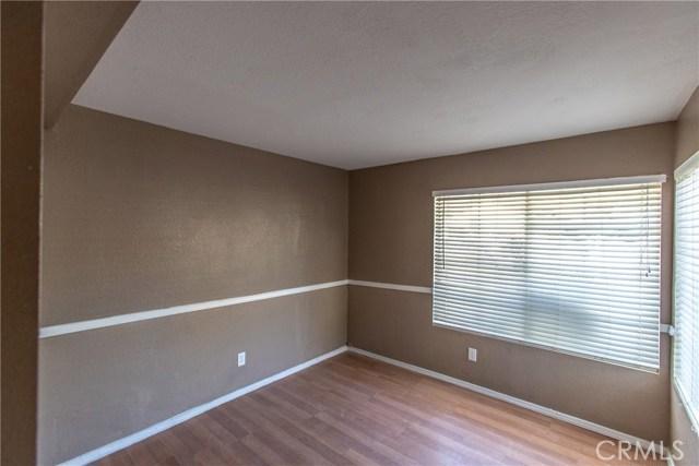 24365 Peppermill Drive, Moreno Valley CA: http://media.crmls.org/medias/432adb71-99e4-40f8-8f08-acf533cf7d47.jpg