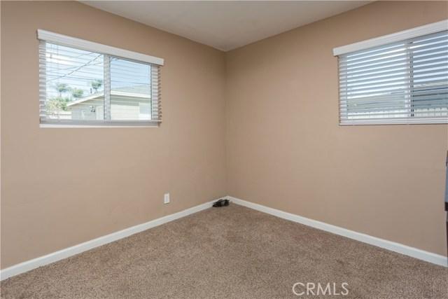 11309 Newgate Avenue, Whittier CA: http://media.crmls.org/medias/4335b1b8-89b7-404d-81a0-b4f60939b182.jpg
