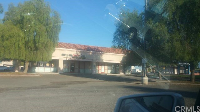 Retail for Sale at 812 e Hobson Blythe, California 92225 United States