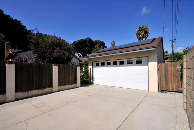 1850 Lees Av, Long Beach, CA 90815 Photo 23