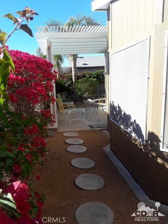 15300 Palm Drive, Desert Hot Springs CA: http://media.crmls.org/medias/4367278e-16df-4a68-b9f3-746ee75e9a3a.jpg