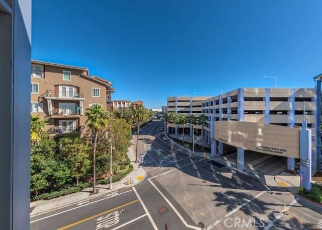 411 W Seaside Wy, Long Beach, CA 90802 Photo 2