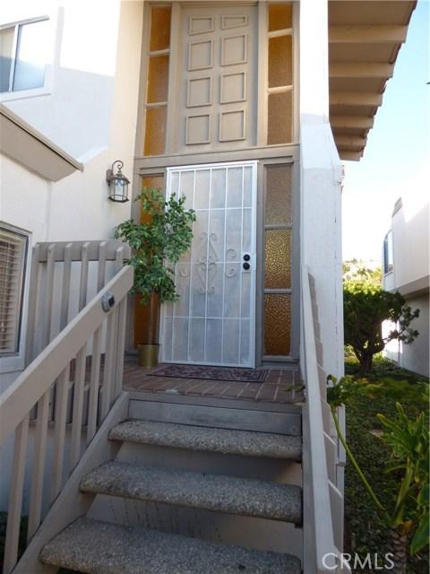 3805 Calle La Quinta, San Clemente CA: http://media.crmls.org/medias/437f0e41-b464-43db-a92c-9fd94eb43bb8.jpg