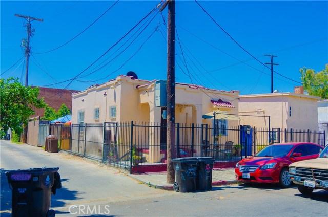 4150 Avalon Boulevard, Los Angeles CA: http://media.crmls.org/medias/43826ea3-fc57-41bc-a7aa-ac83c287204b.jpg