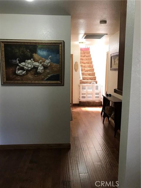 39900 LAKEVIEW Drive, Big Bear CA: http://media.crmls.org/medias/438a6394-c347-4f27-bef5-8ad6d53413a9.jpg