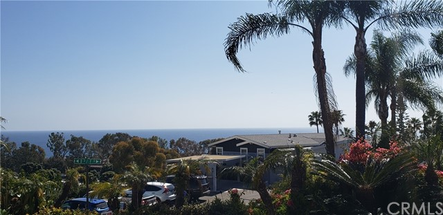 Detail Gallery Image 1 of 28 For 30802 S Coast Hwy #F14,  Laguna Beach,  CA 92651 - 2 Beds | 1 Baths