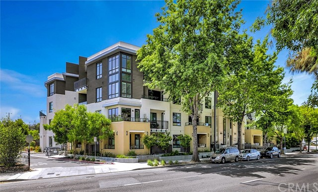 Detail Gallery Image 1 of 1 For 1101 W El Camino Real #205,  Mountain View,  CA 94040 - 1 Beds | 1 Baths