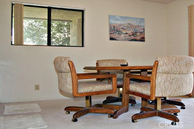 753 Violeta Drive, Palm Springs CA: http://media.crmls.org/medias/43955b38-3b3e-4bbe-8efe-964e8420bf74.jpg