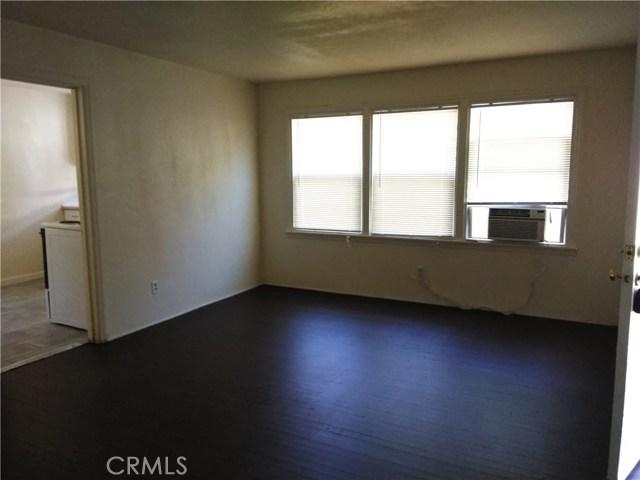 1280 High Street, Oroville CA: http://media.crmls.org/medias/43aeb2d4-b65d-4fae-bc72-22934bbfe7f6.jpg