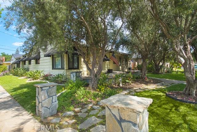 Single Family Home for Sale at 701 Buffalo Avenue E Santa Ana, California 92706 United States
