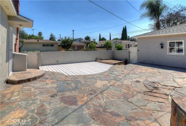 3501 Olive Avenue, Long Beach CA: http://media.crmls.org/medias/43c51fbc-b19d-41ca-b0e0-0f90b172ac14.jpg