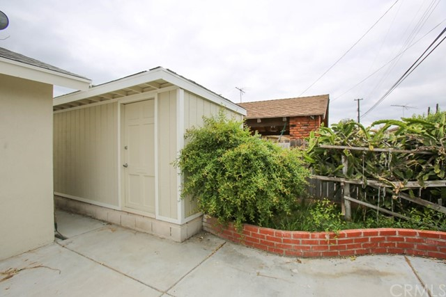 1557 W Minerva Av, Anaheim, CA 92802 Photo 12