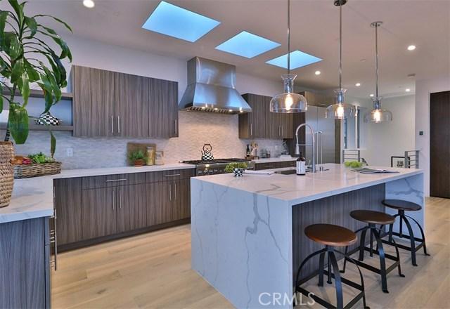 319 34th Place  Manhattan Beach CA 90266