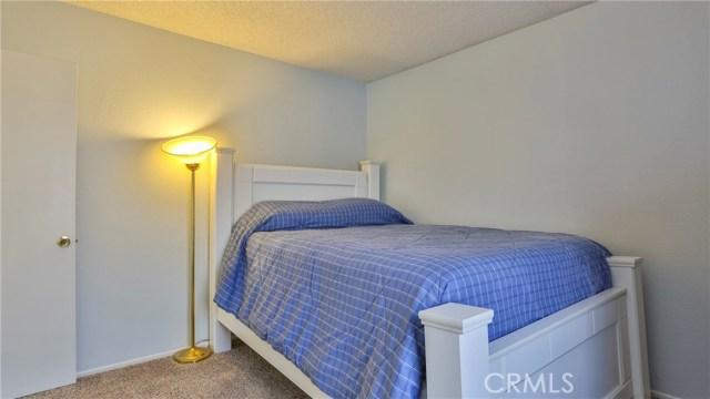 1322 Lanfair Street, Redlands CA: http://media.crmls.org/medias/43dfa885-0c0c-4bed-babd-759f2124f661.jpg