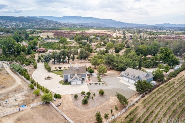 Photo of 38911 Avenida Arriba, Temecula, CA 92592