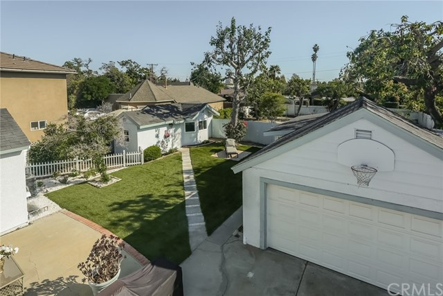 1002 W NORTH STREET, ANAHEIM, CA 92805  Photo