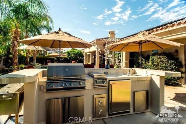 87 Avenida Lirio Blanco, Rancho Mirage CA: http://media.crmls.org/medias/43ff191f-74d0-43d3-8603-b7163ad4d5d9.jpg