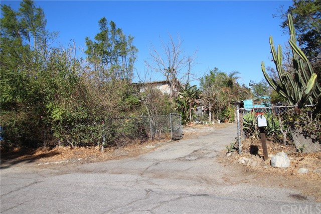 Photo of 17442 Elaine Drive, Fontana, CA 92336