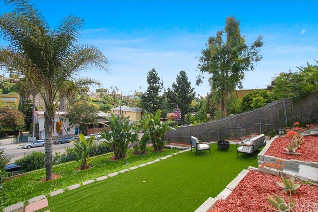 1405 Silver Lake Bl, Los Angeles, CA 90026 Photo