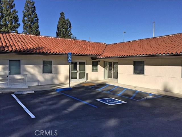 1441 N Brea Boulevard, Fullerton CA: http://media.crmls.org/medias/4411e6bb-7bc0-46f8-9cd6-73351ef6685c.jpg