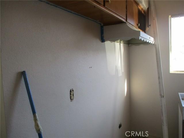 74622 A & B Sunrise Drive, 29 Palms CA: http://media.crmls.org/medias/44137bdc-6a3b-4a2c-bb60-d69609fb89b3.jpg