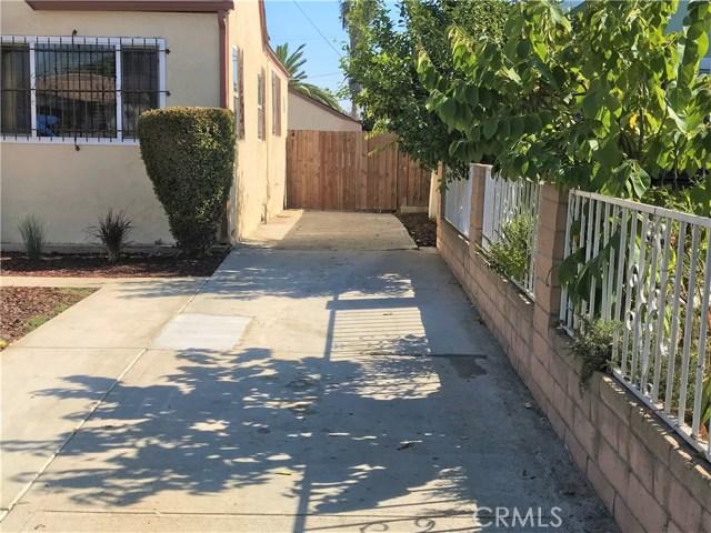 6204 Brynhurst Avenue, Hyde Park CA: http://media.crmls.org/medias/44206748-1ee0-4ee0-940f-8e61ec9a397f.jpg
