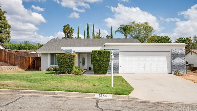 1255 Lone Star Ct, Calimesa, CA 92320 Photo