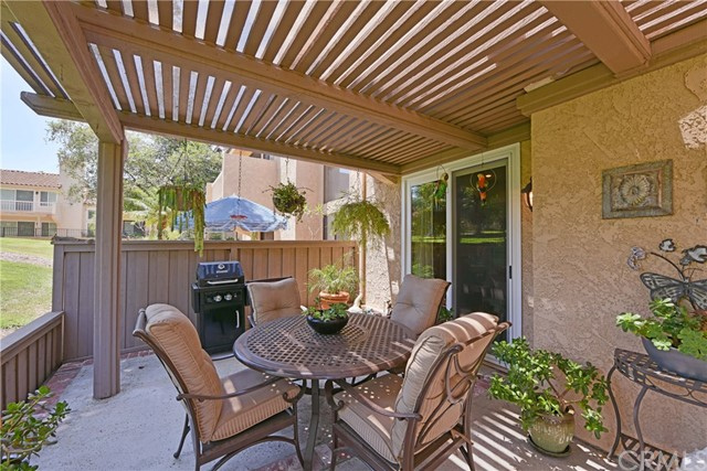641 Colonial Circle Fullerton, CA 92835 - MLS #: PW18182333