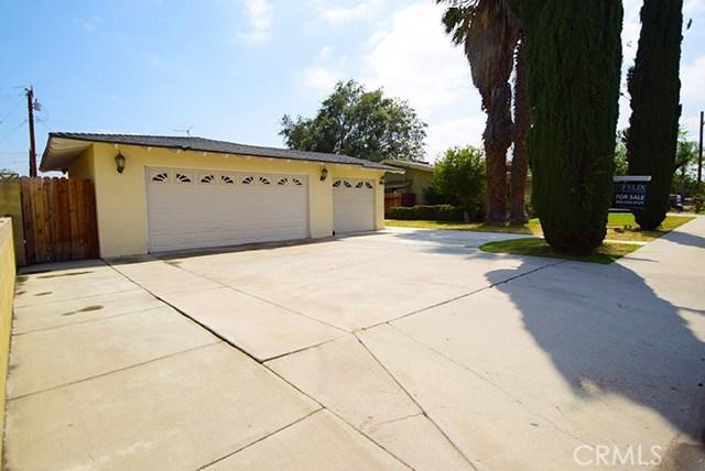 17585 Vine Street, Fontana CA: http://media.crmls.org/medias/44408ef3-1467-4917-b07c-9090d50c9d09.jpg