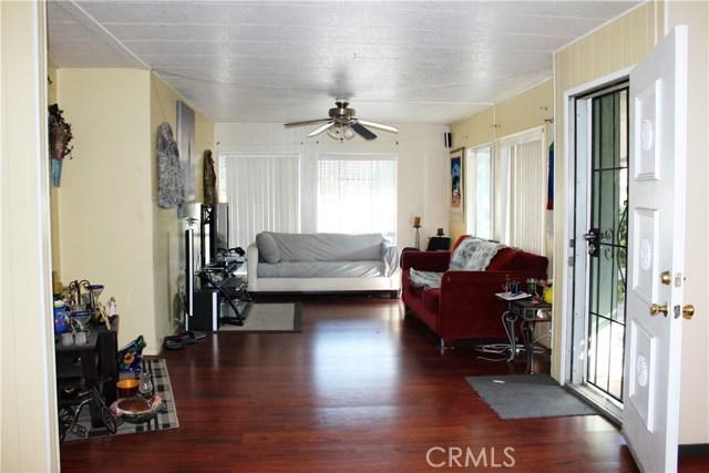 3595 SANTA FE #264, Long Beach CA: http://media.crmls.org/medias/44456232-1445-4d47-a3a8-c55da43be187.jpg