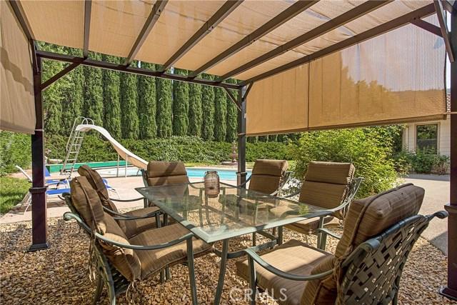 8448 Paradise Lagoon Drive, Lucerne CA: http://media.crmls.org/medias/444cde60-e218-47d4-8640-33d22b2816bf.jpg