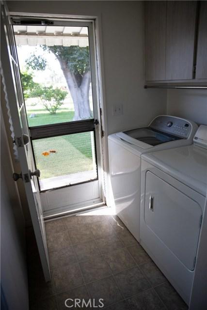 10377 Devillo Drive, Whittier CA: http://media.crmls.org/medias/446664f4-9732-4982-aa0d-3ece77e4b4ed.jpg