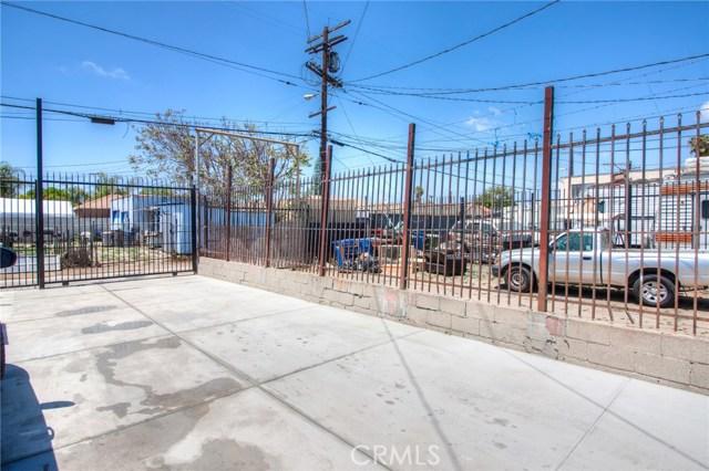 7817 S Western Avenue, Los Angeles CA: http://media.crmls.org/medias/44826a45-60d0-4be4-819f-829117d054ef.jpg