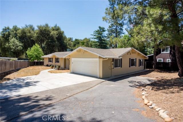 40768 Griffin Drive, Oakhurst CA: http://media.crmls.org/medias/44855a8d-479f-4b4f-bb9b-41d09fa84dfc.jpg