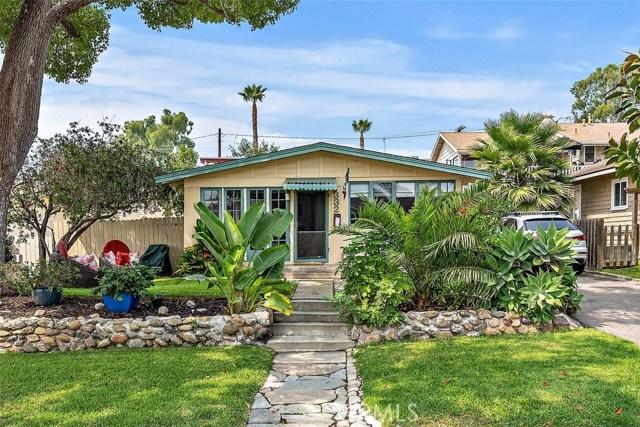 332 Poplar Street, Laguna Beach CA: http://media.crmls.org/medias/4488a499-e028-4366-b396-3b536f1e7bf4.jpg