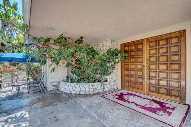 1440 Vista Del Valle Way, La Habra Heights CA: http://media.crmls.org/medias/44931bd5-066e-4cf9-8350-5580ae8c4cc2.jpg