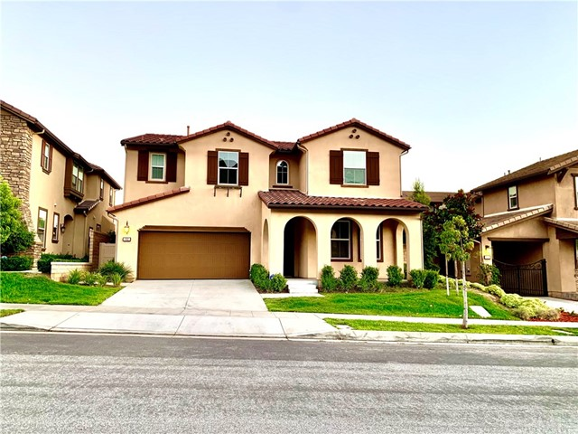 Photo of 682 E Mandevilla Way, Azusa, CA 91702