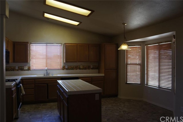 13023 Stanford Drive,Victorville,CA 92392, USA