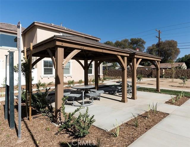 7853 Marbil Lane, Riverside CA: http://media.crmls.org/medias/449e6e87-055b-4dff-81c9-9a9c617677cb.jpg