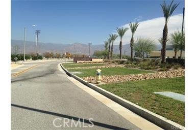 26566 3rd Street, Highland CA: http://media.crmls.org/medias/44a364b7-6dd8-402c-9e7a-ec2c444c1bea.jpg