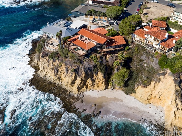 Single Family Home for Sale at 102 Mcknight Drive Laguna Beach, California 92651 United States