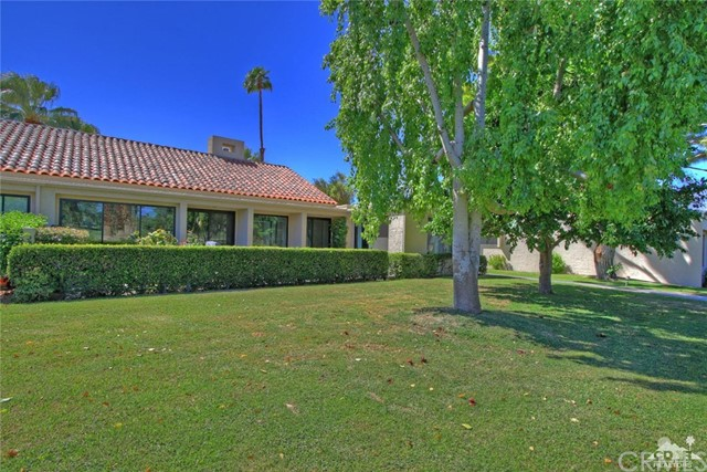135 Desert West Drive Rancho Mirage, CA 92270 is listed for sale as MLS Listing 217025146DA