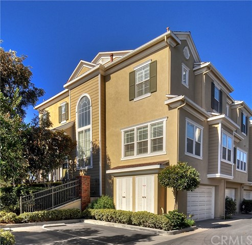 6232  Pacific Pointe Drive, Huntington Beach, California
