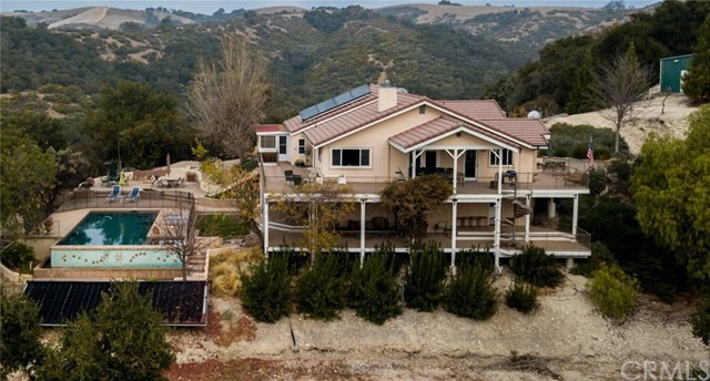 2000 Niderer Road, Paso Robles CA: http://media.crmls.org/medias/44edd77b-75b4-4516-93d9-7547c55b85fa.jpg