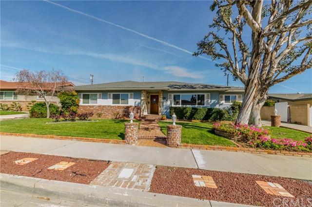 222 S Wilbur Avenue, Covina, CA 91724