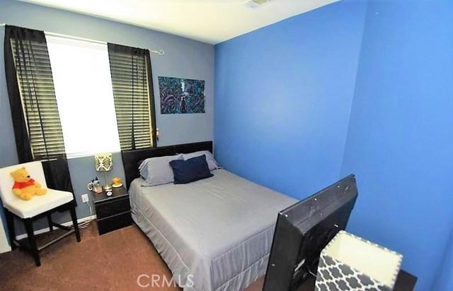 1094 Reward Street, San Jacinto CA: http://media.crmls.org/medias/4500b4de-1304-4daa-9cd0-03b7894bc3c6.jpg
