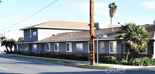 11832 Rosecrans Avenue, Norwalk CA: http://media.crmls.org/medias/450151b6-64ba-48e0-bea0-b3b76a899fde.jpg