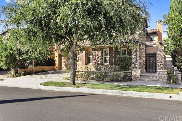 29 Triple Leaf Irvine, CA 92620 is listed for sale as MLS Listing OC17188473